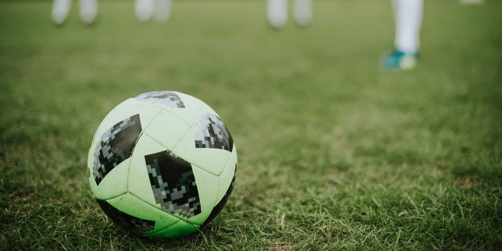 Division 1 Amateurs: Festival sérésien face au Lierse, Les Carolos à l'expérience