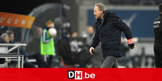Standard's head coach Michel Preud'homme pictured during a soccer match between KAA Gent and Standard de Liege, Friday 22 February 2019 in Gent, on day 27th of the 'Jupiler Pro League' Belgian soccer championship season 2018-2019. BELGA PHOTO YORICK JANSENS
