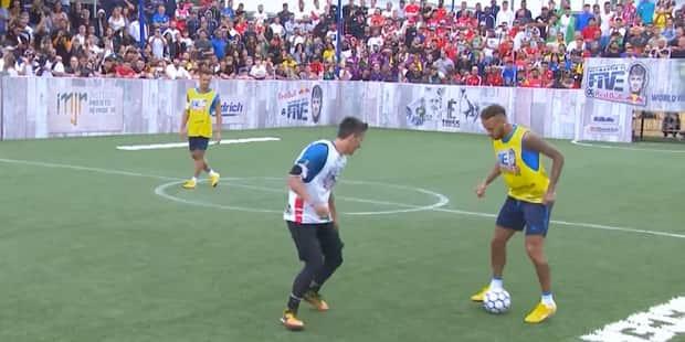 Neymar bouscule un adolescent qui lui a subtilisé le ballon (VIDEO) - La DH