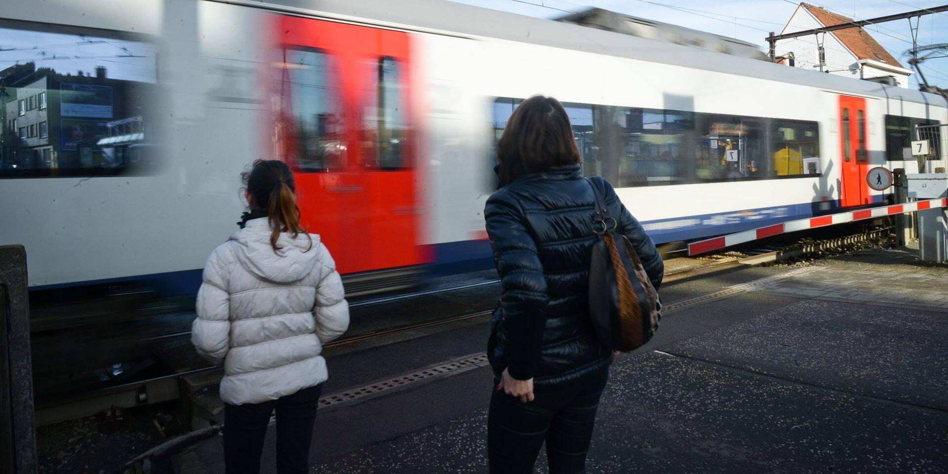Infrabel supprime trois des cinq derniers passages à niveau de Bruxelles