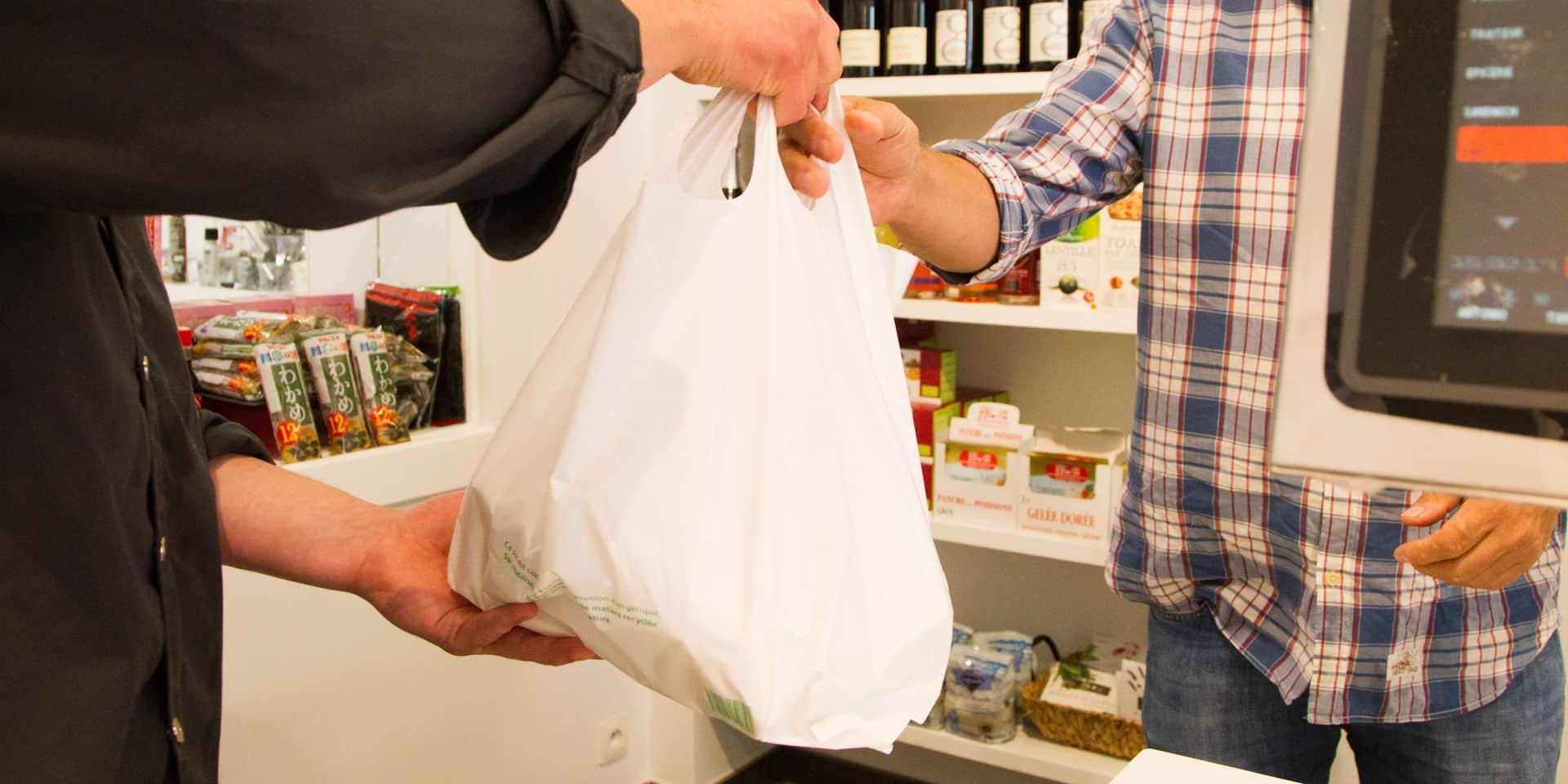 Uccle adopte le zéro plastique dans les services de l'administration communale