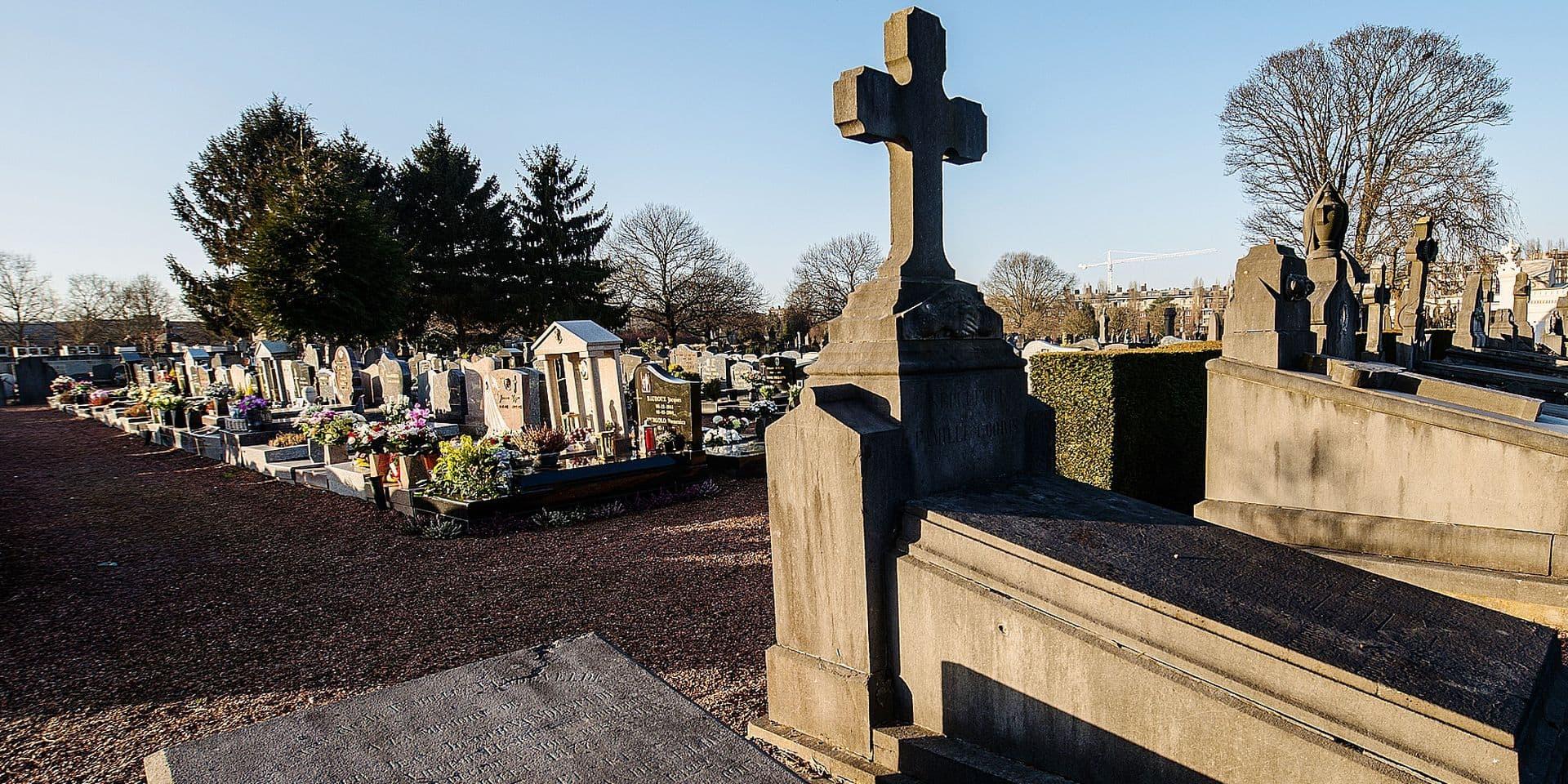 Le cimetière du Bizet, principalement minéral, va connaître une extension de type végétal.