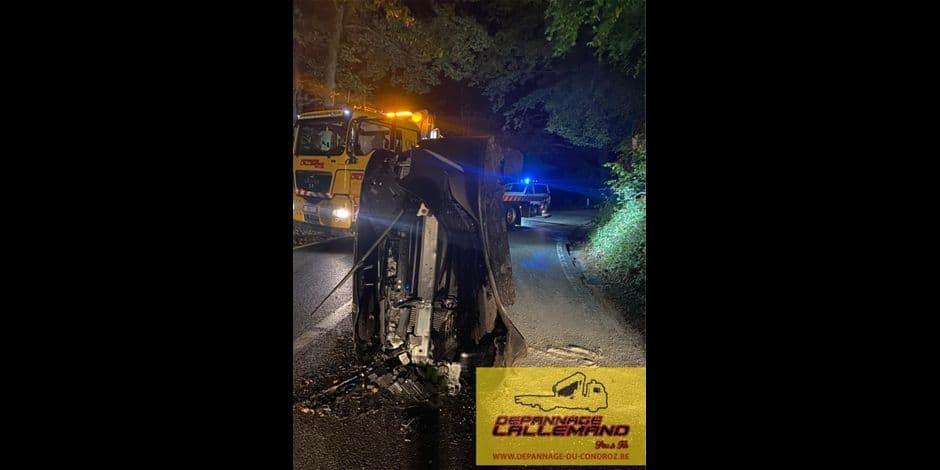 Crash d'un véhicule entre Vieuxville et Bomal: le conducteur volatilisé