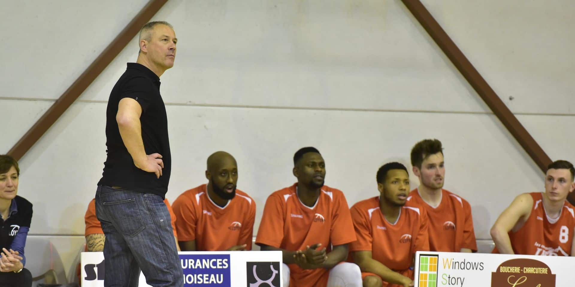 Ex-coach de Loyers, Etienne Louvrier est aussi à l'arrêt au Luxembourg