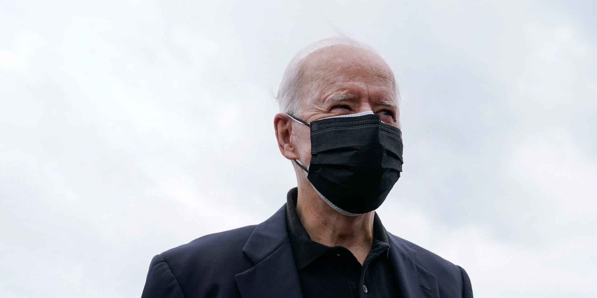 """Les Etats-Unis accélèrent encore leur campagne de vaccination mais Joe Biden reste prudent: """"La guerre contre le Covid-19 est loin d'être gagnée"""""""