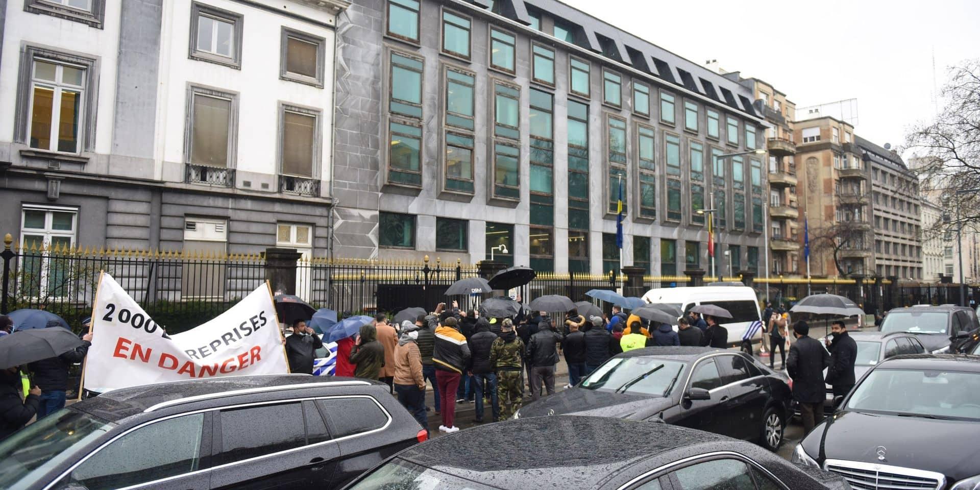 Nouvelle manifestation des chauffeurs LVC ce vendredi devant le cabinet de Rudi Vervoort
