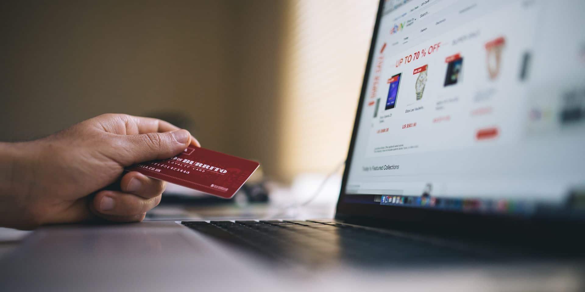 """Les Belges dépensent toujours plus sur le net: """"le shopping en ligne continue à gagner du terrain"""""""