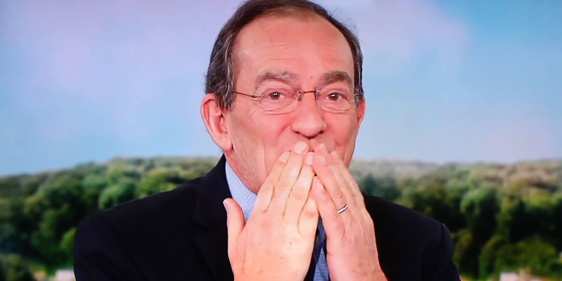 Jean-Pierre Pernaut raconte ses souvenirs dans une autobiographie riche en anecdotes : nous l'avons lue