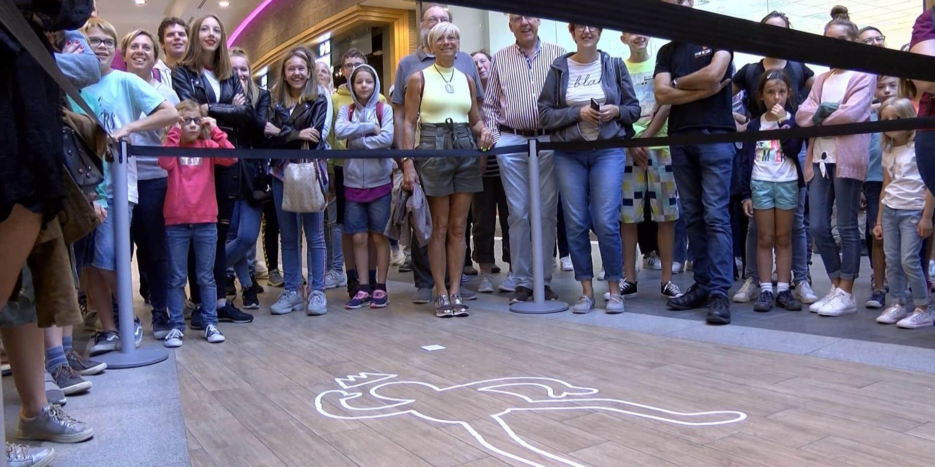 600 joueurs pour un Cluedo géant à Charleroi: le jeu a fait un carton!