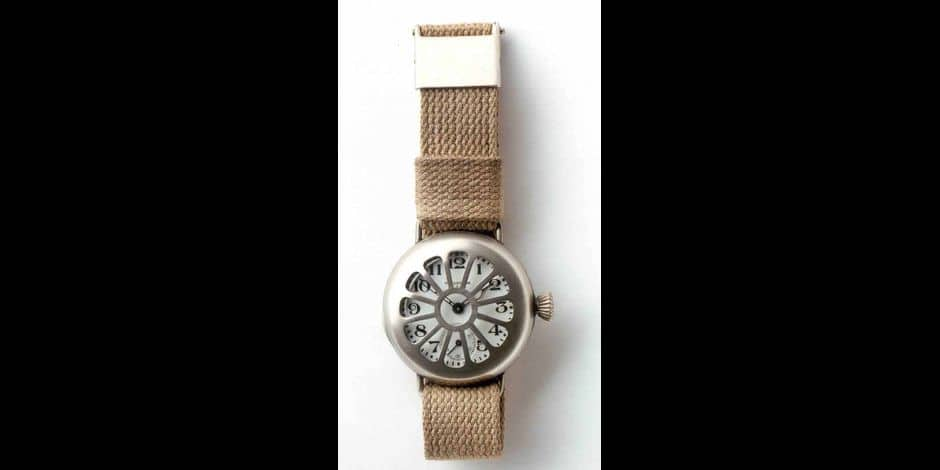 A vos trésors: quand les militaires réclamaient la montre-bracelet!