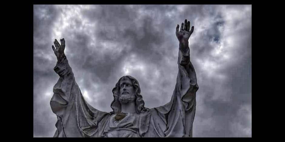 """La statue de Jésus mise en vente à Petit-Wasmes: """"On ne peut pas laisser faire ça, c'est notre patrimoine qui est menacé !"""""""
