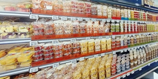 Burger de biche, boulettes de renne et fromage vegan: Delhaize innove dans tous ses rayons - La DH