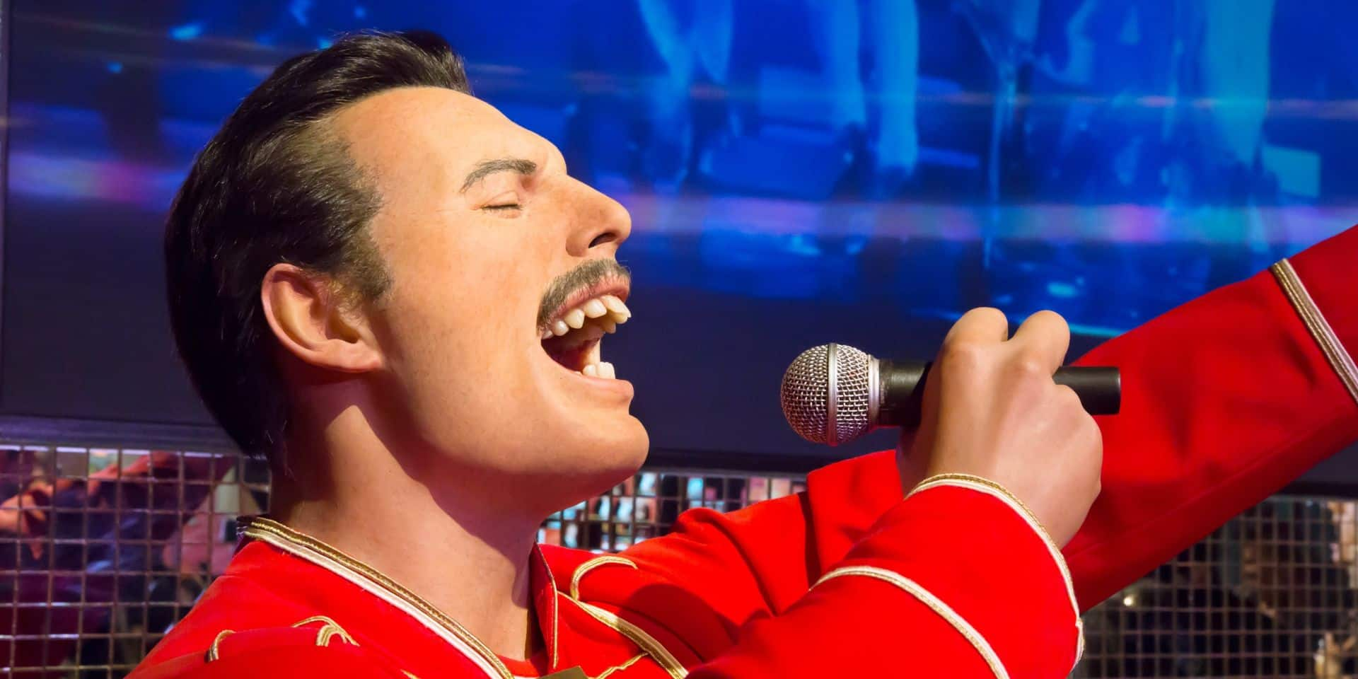 """CONCOURS : DH Radio t'offre 2x2 places pour """"One Night Of Queen"""""""