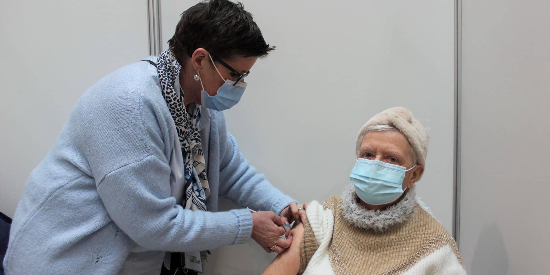 Vaccination : le centre de Marche-en-Famenne ouvre en soirée dès ce lundi