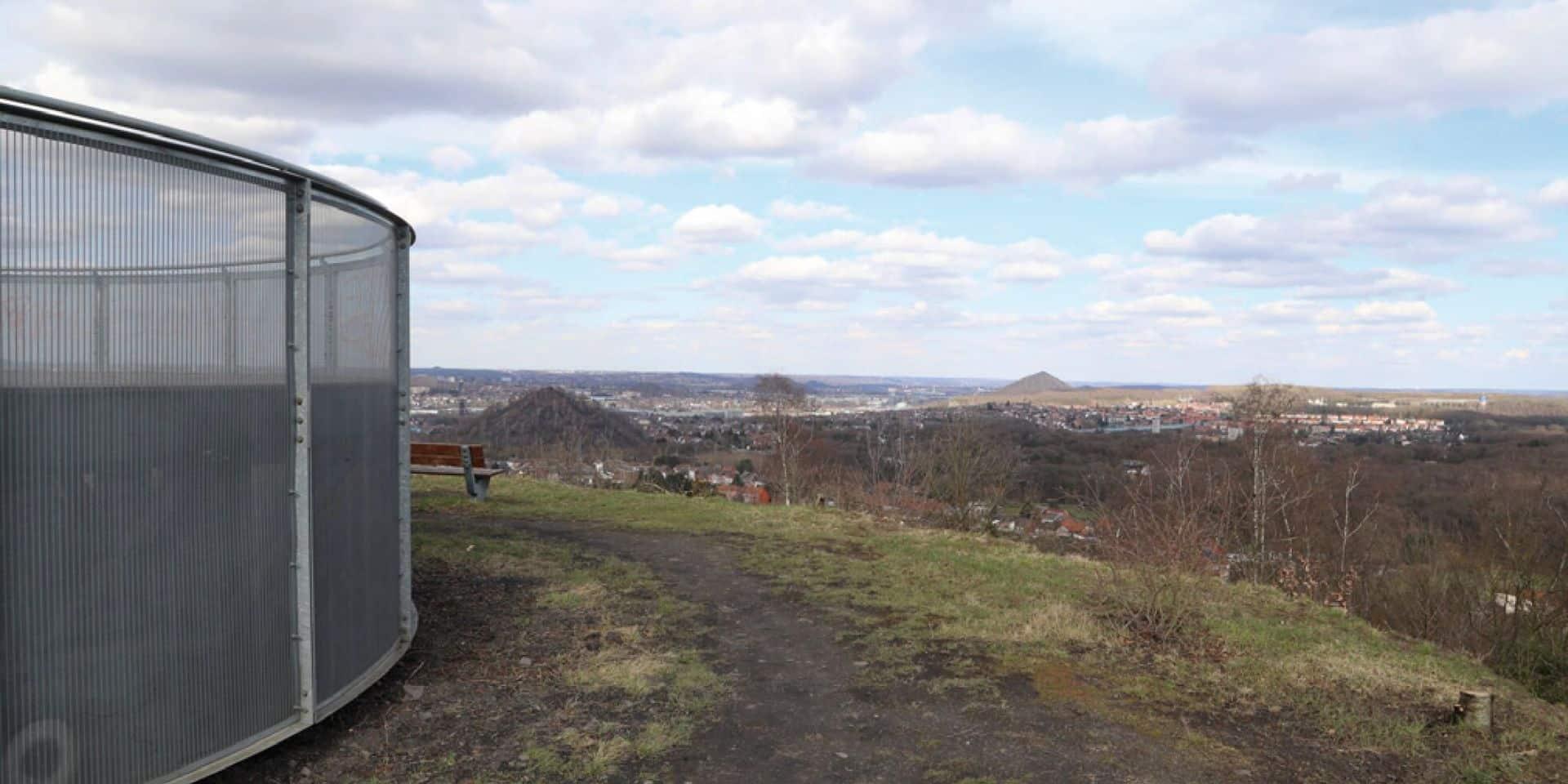 L'observatoire à nouveau accessible au Bois du Cazier, un an après les dégradations