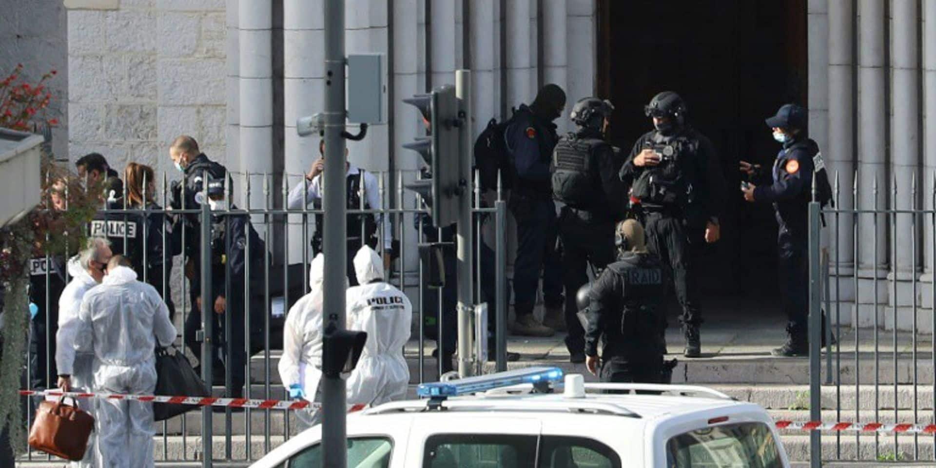 Attentat à la basilique de Nice: l'assaillant possédait une photo du tueur de Samuel Paty dans son téléphone
