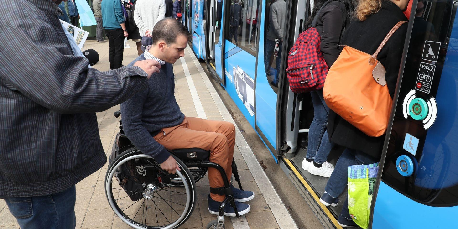 La nouvelle ligne de tram 8 n'est pas adaptée aux PMR