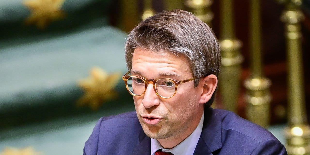 Discrimination à l'embauche: le ministre du Travail veut activer les appels mystères