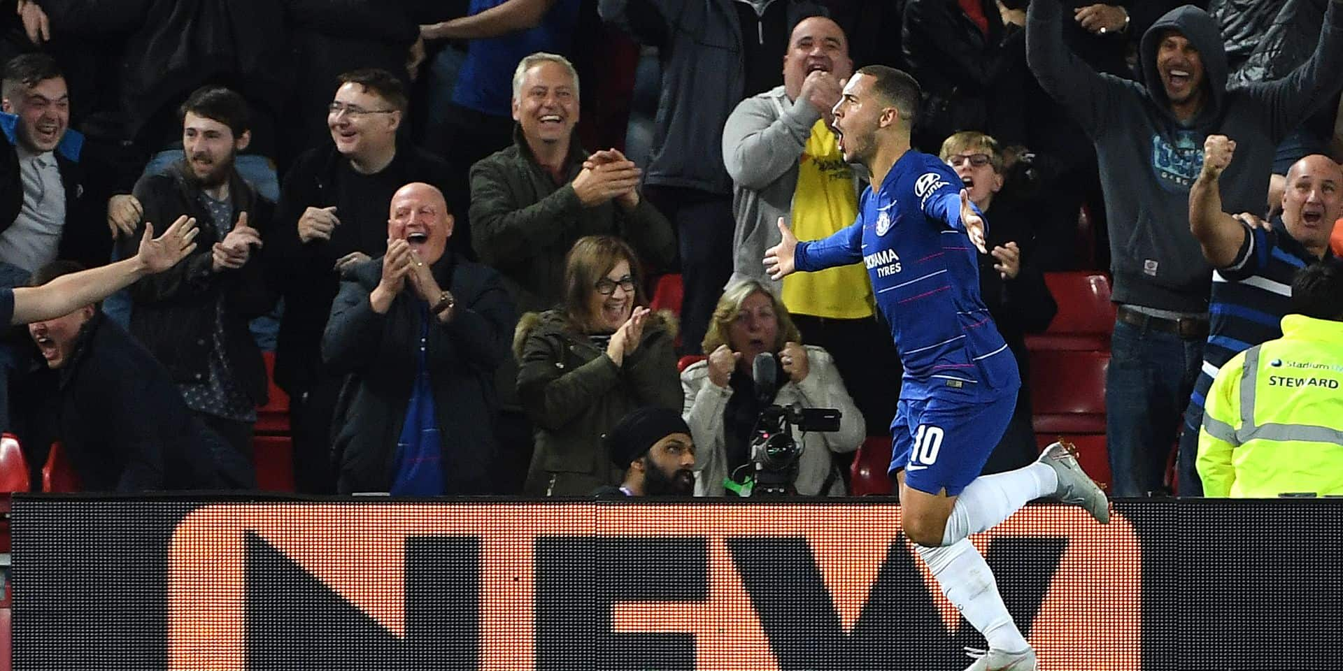 Eden Hazard marche sur la défense de Liverpool et qualifie Chelsea (VIDEO)