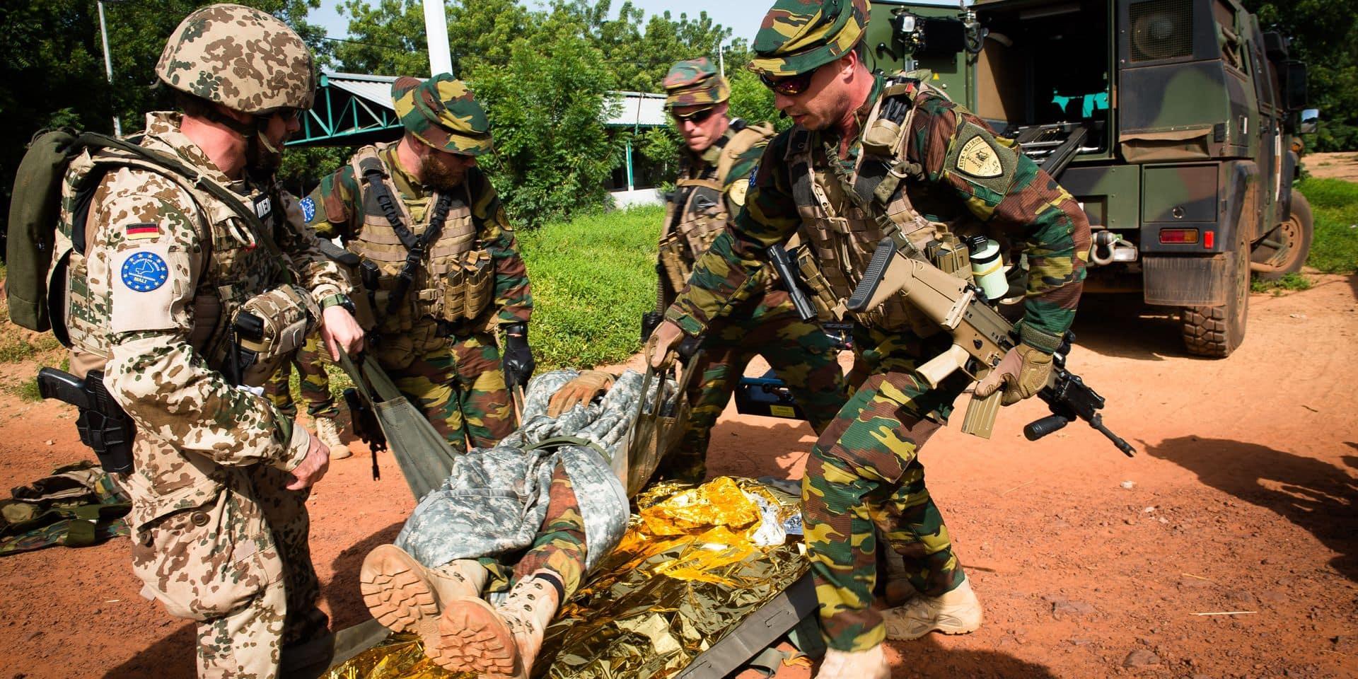 """Nos militaires doivent payer pour être assurés en mission: """"C'est anormal"""""""