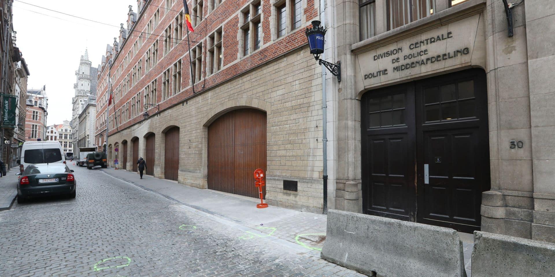 Le commissariat du Marché au Charbon, en plein centre de Bruxelles, ferme pendant un mois