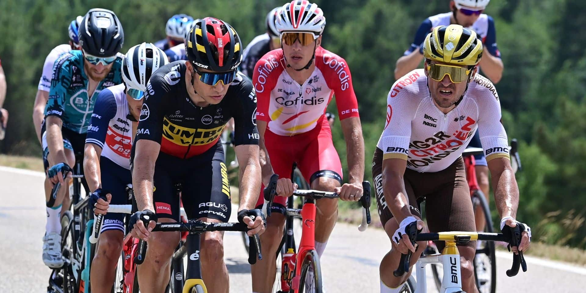 """Greg Van Avermaet prépare les JO sur le Tour de France: """"Wout a gonflé notre confiance pour Tokyo"""""""