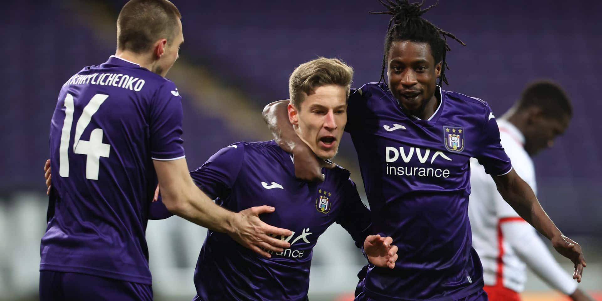 15 destinations pour les Anderlechtois, 11 départs du Standard, 2 à Charleroi: quels internationaux peuvent quitter leur club ?