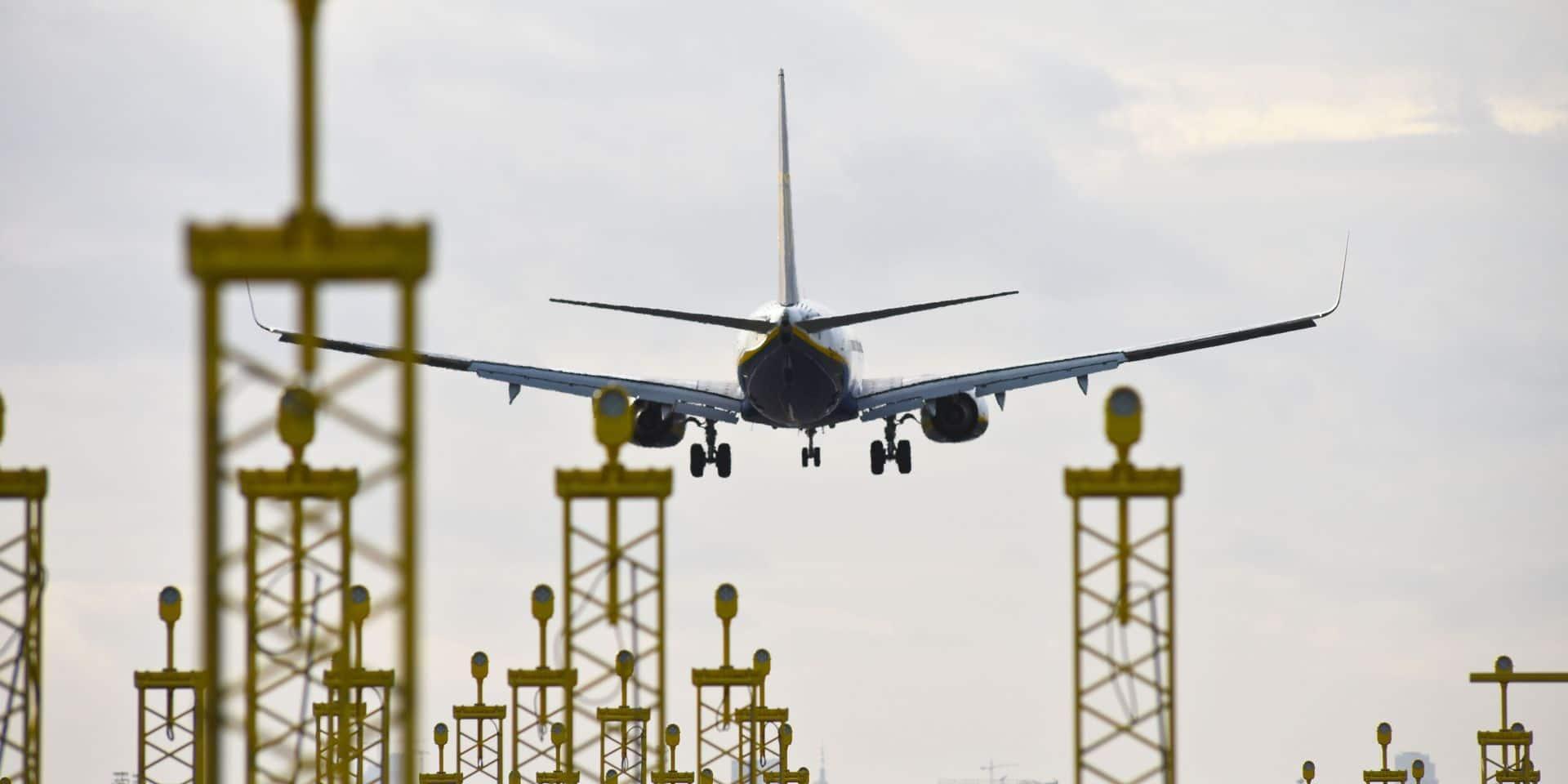 Selon la Cour de justice de l'Union européenne, un retard d'un vol remplaçant un vol annulé donne droit à une 2e indemnisation