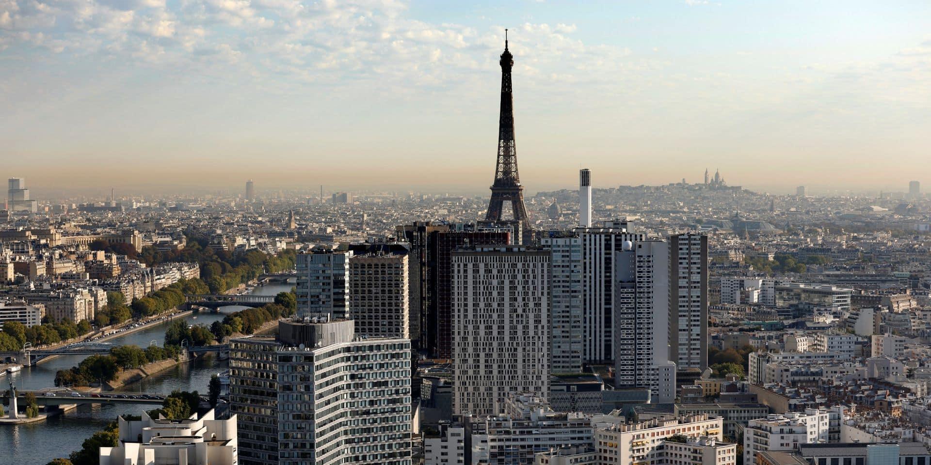 Une explosion à Paris ? Non, un avion de chasse qui franchit le mur du son... et dérange les joueurs de Roland-Garros