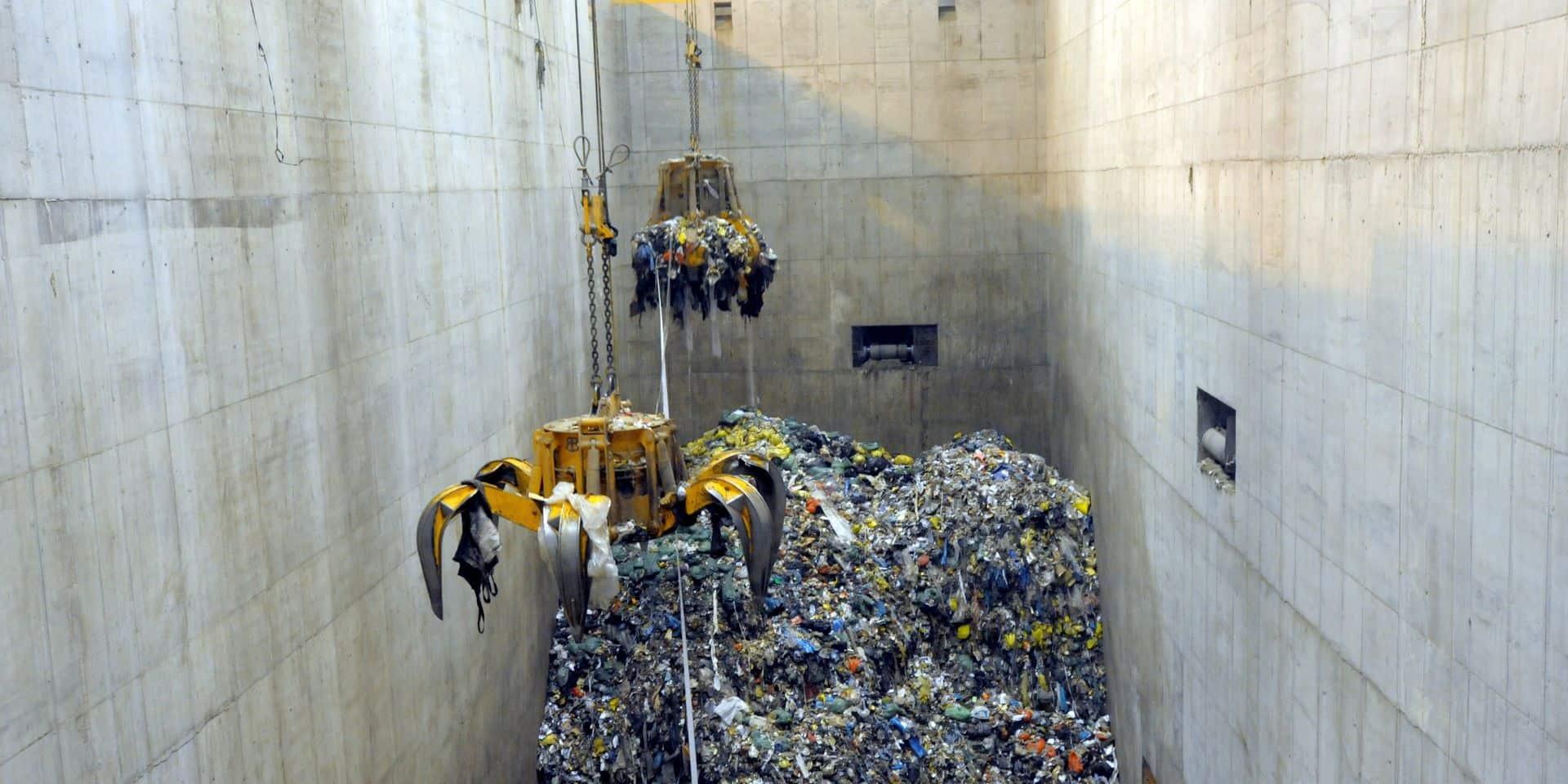 Confinement : explosion des déchets spéciaux chez Intradel !