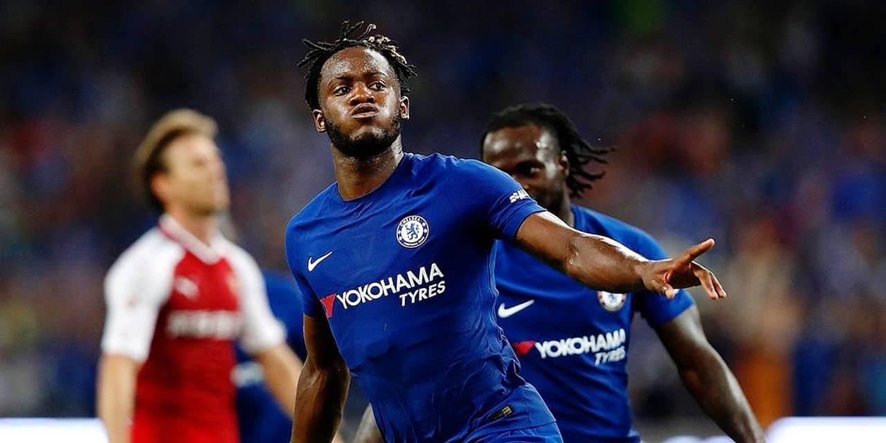 Michy Batshuayi devrait rester à Chelsea