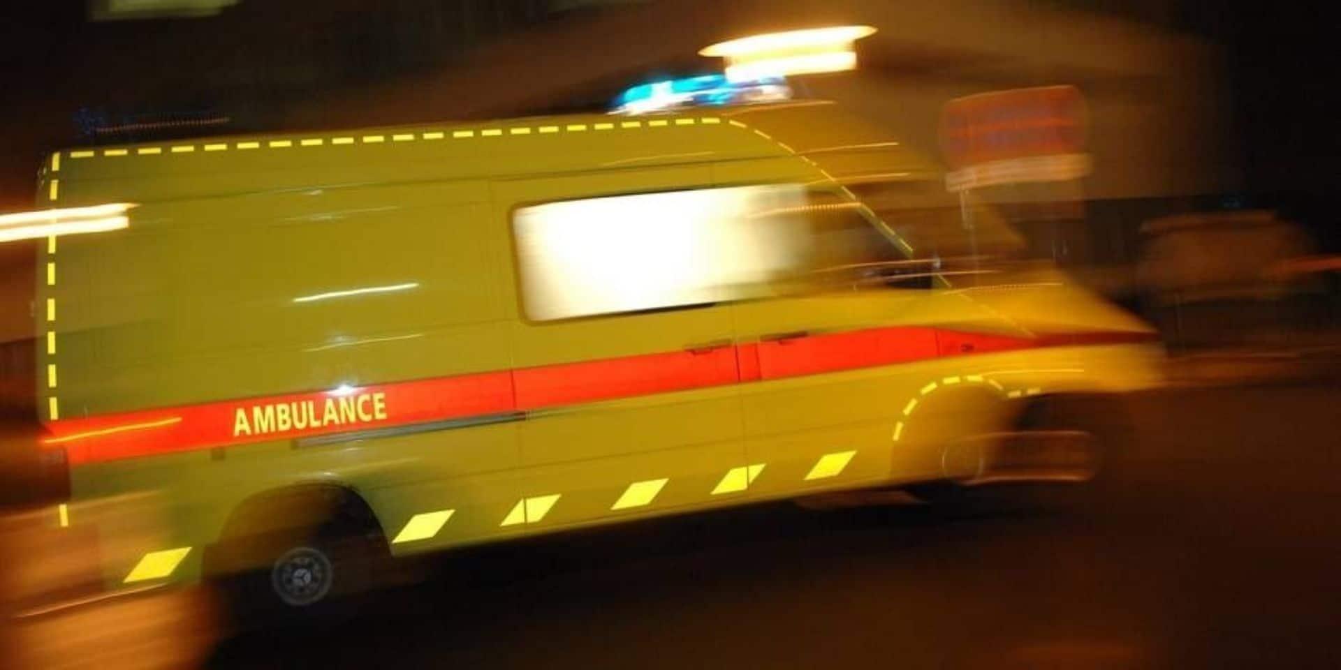 Bastogne : une voiture percute un camion sur la N 874