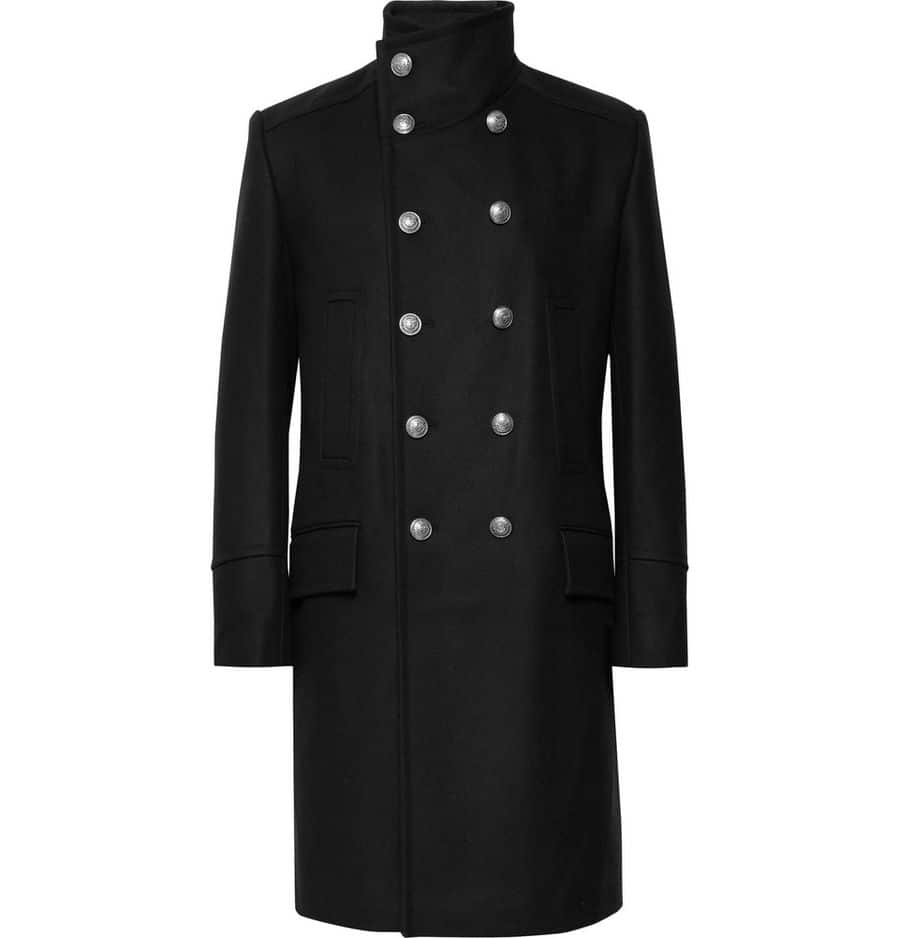 Officier:                       Balmain,                       2 290 euros