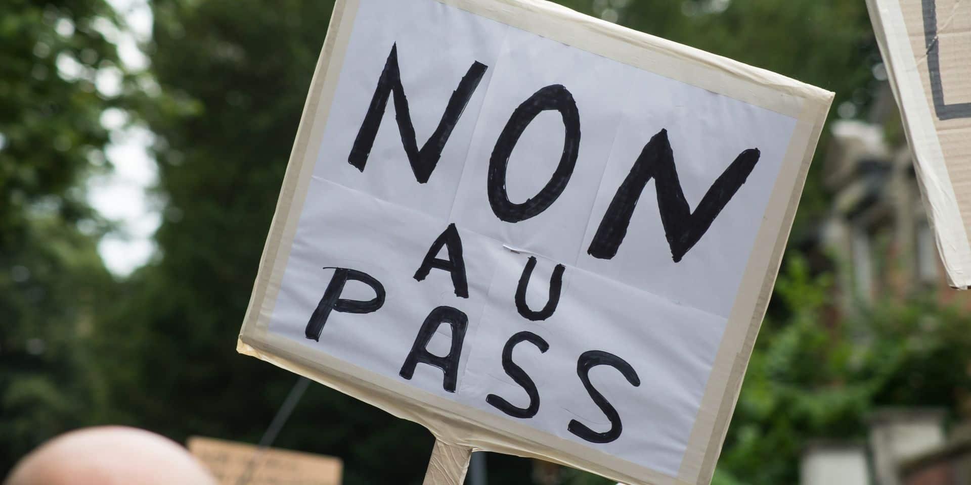 5000 manifestants dans les rues de Namur contre les mesures sanitaires