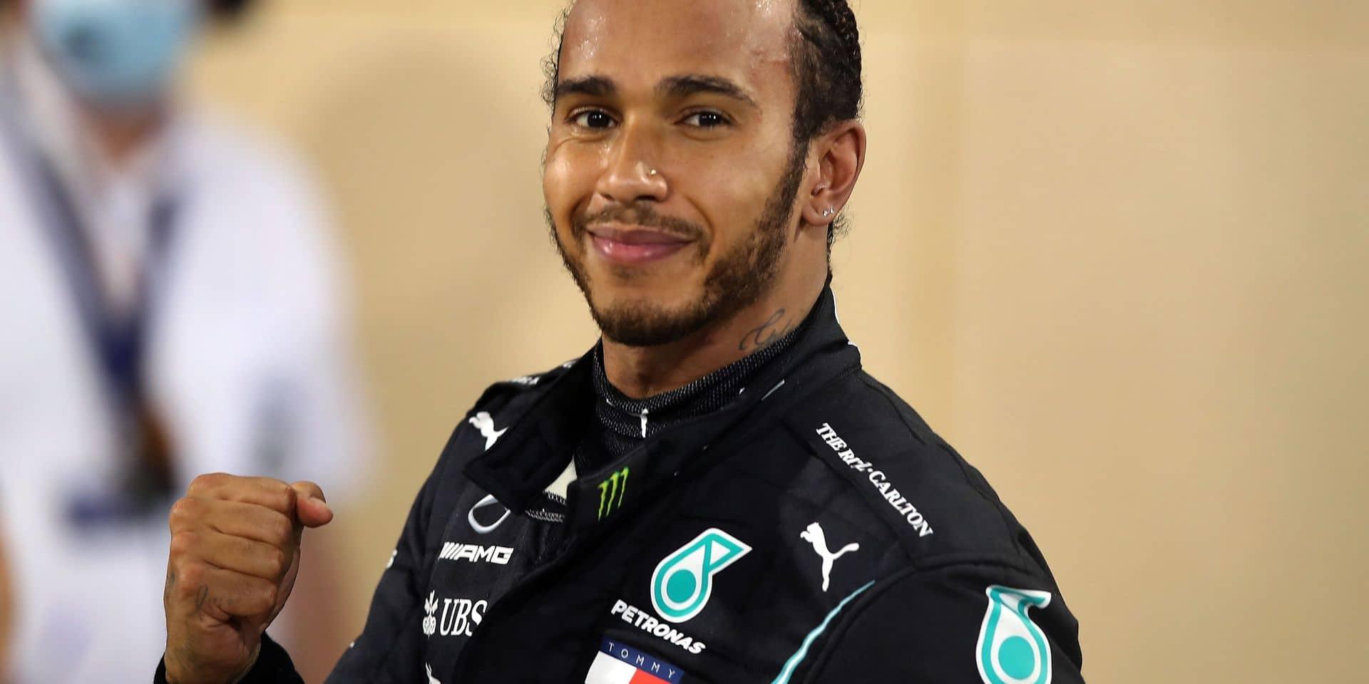 Lewis Hamilton anobli par Élisabeth II