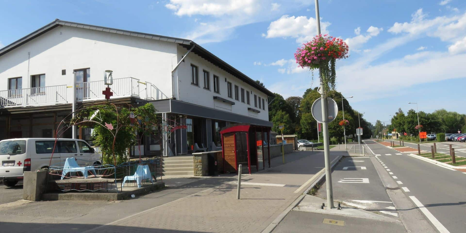 Covid-19: confinement préventif du centre pour candidats réfugiés de Rendeux