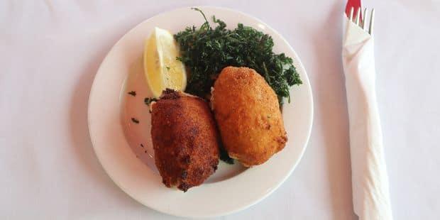 Les meilleures croquettes de crevettes ? On les trouve à Saint-Gilles au Delicatessen selon un jury d'experts ! - La DH