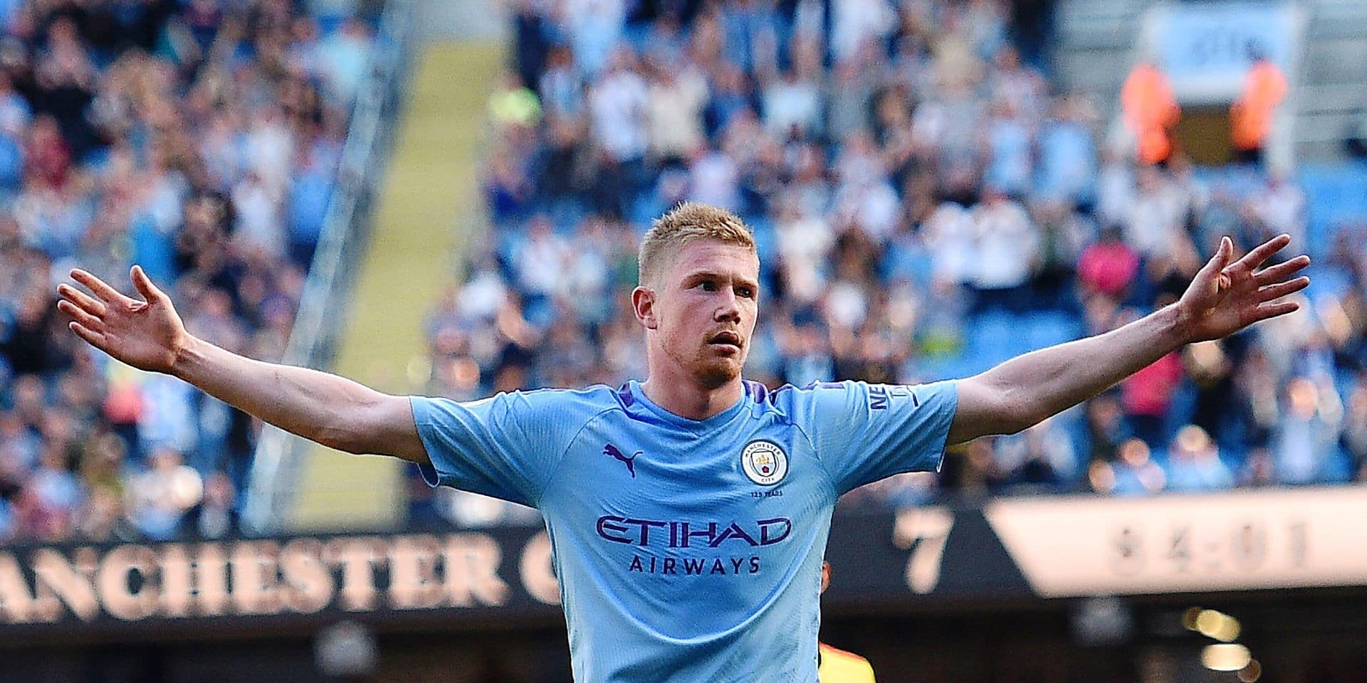 Manchester City's Belgian midfielder Kevin De Bruyne celebrates scoring his team's eighth goal during the English Premier League football match between Manchester City and Watford at the Etihad Stadium in Manchester, north west England, on September 21, 2019. (Photo by Oli SCARFF / AFP) / RESTRICTED TO EDITORIAL USE. No use with unauthorized audio, video, data, fixture lists, club/league logos or 'live' services. Online in-match use limited to 120 images. An additional 40 images may be used in extra time. No video emulation. Social media in-match use limited to 120 images. An additional 40 images may be used in extra time. No use in betting publications, games or single club/league/player publications. /
