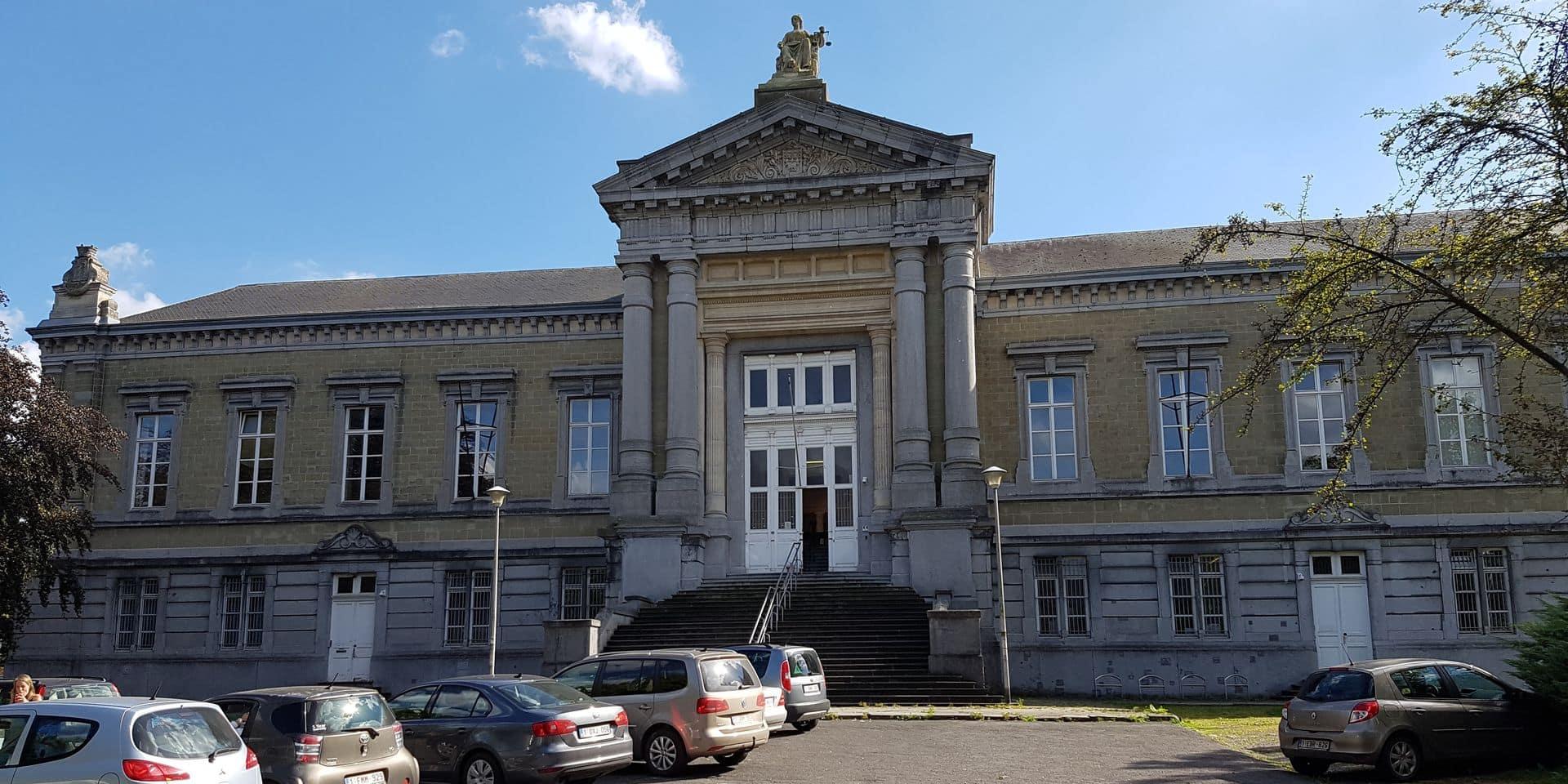 """Palais de justice de Tournai: """"Une saga mieux que Game of Thrones"""""""