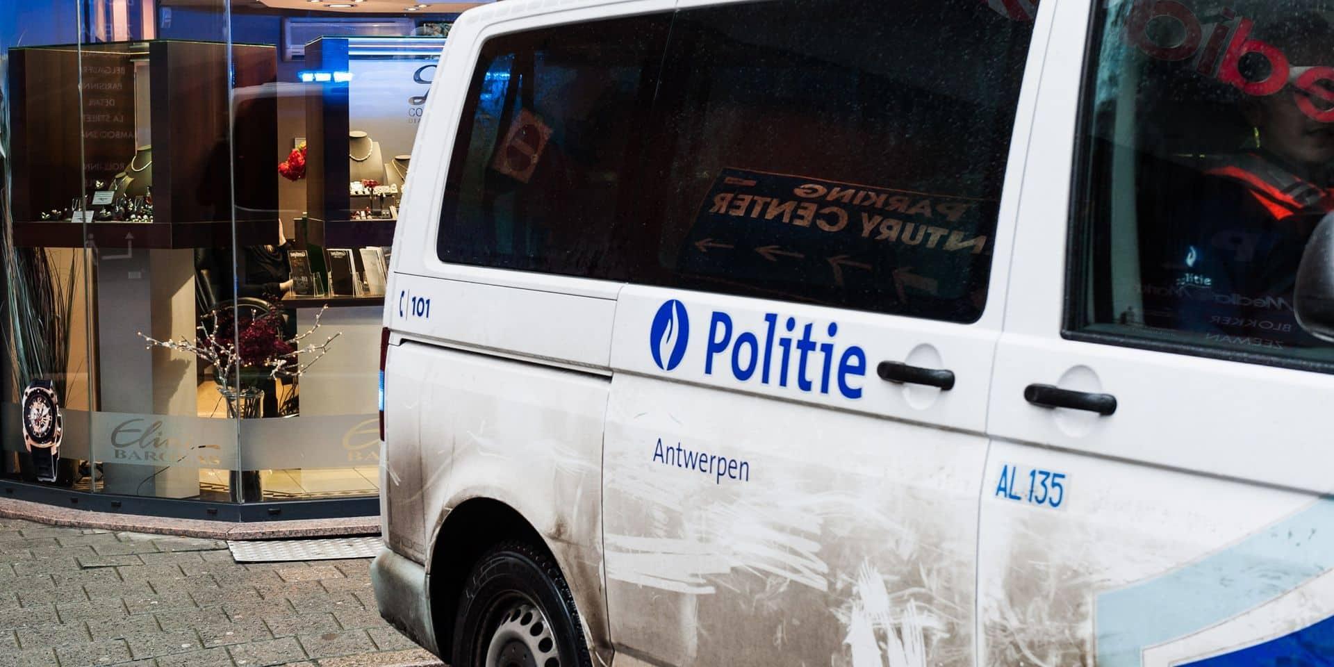 Des policiers impliqués dans une bagarre à Anvers? Une enquête a été ouverte
