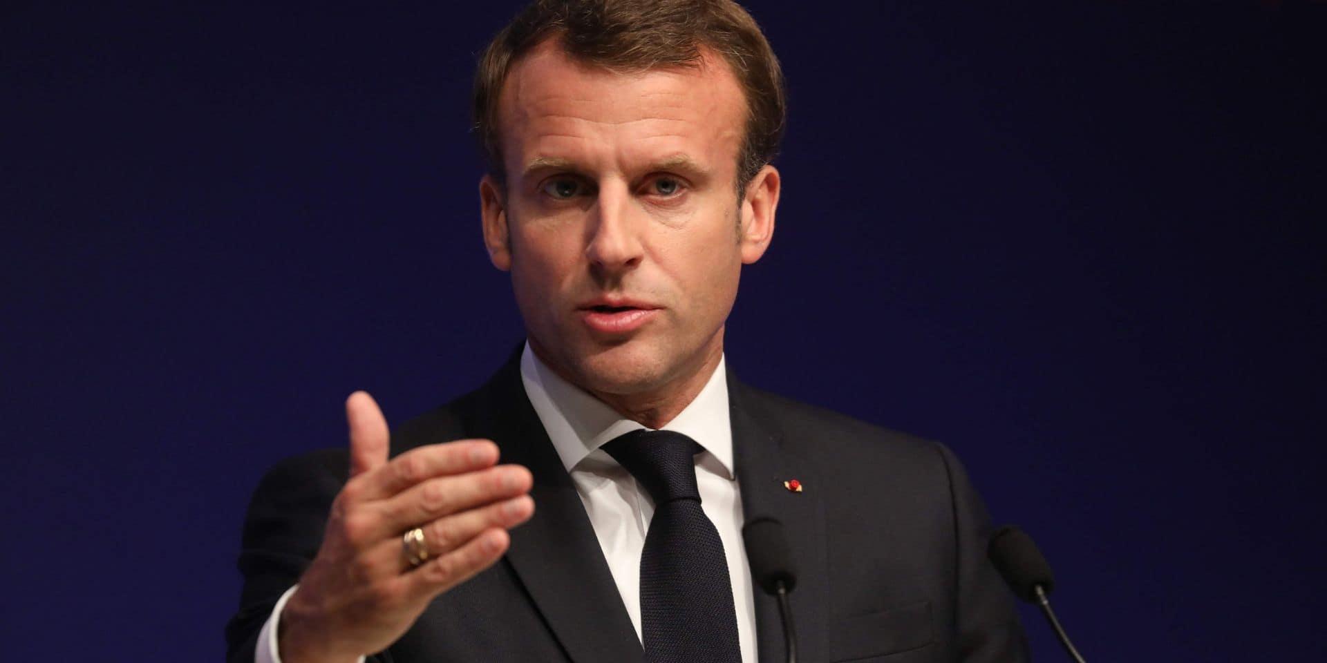 Les déclarations de Macron sur le voile et l'immigration continuent de faire des vagues en France