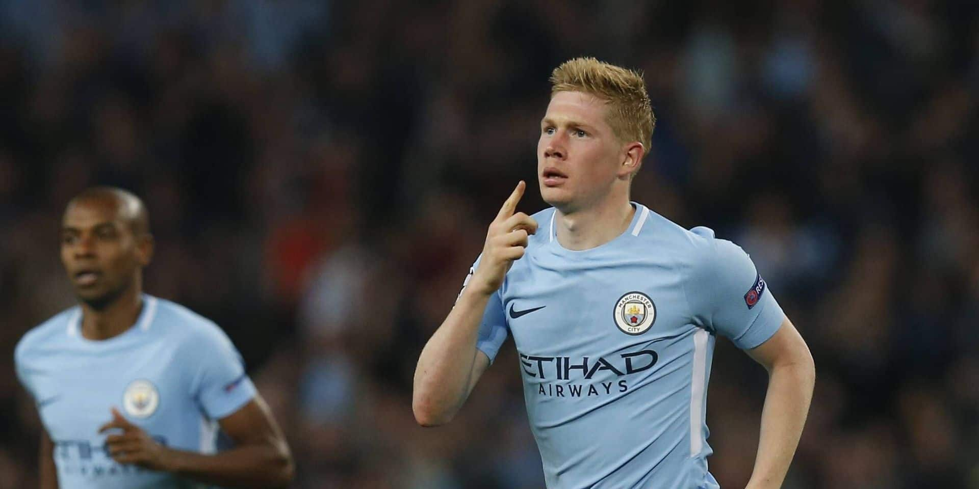 Kevin De Bruyne of Manchester City celebrates scoring the first goal during the Champions League Gro