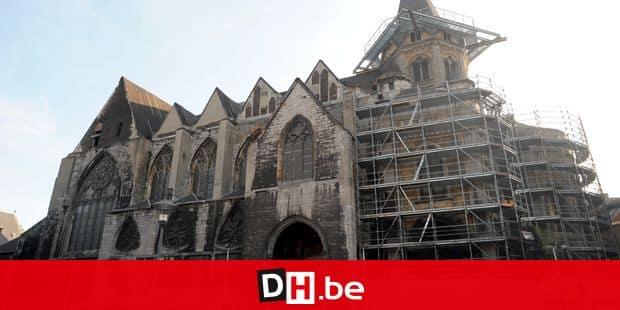 copyright:devoghel Eglise Sainte Croix à Liège
