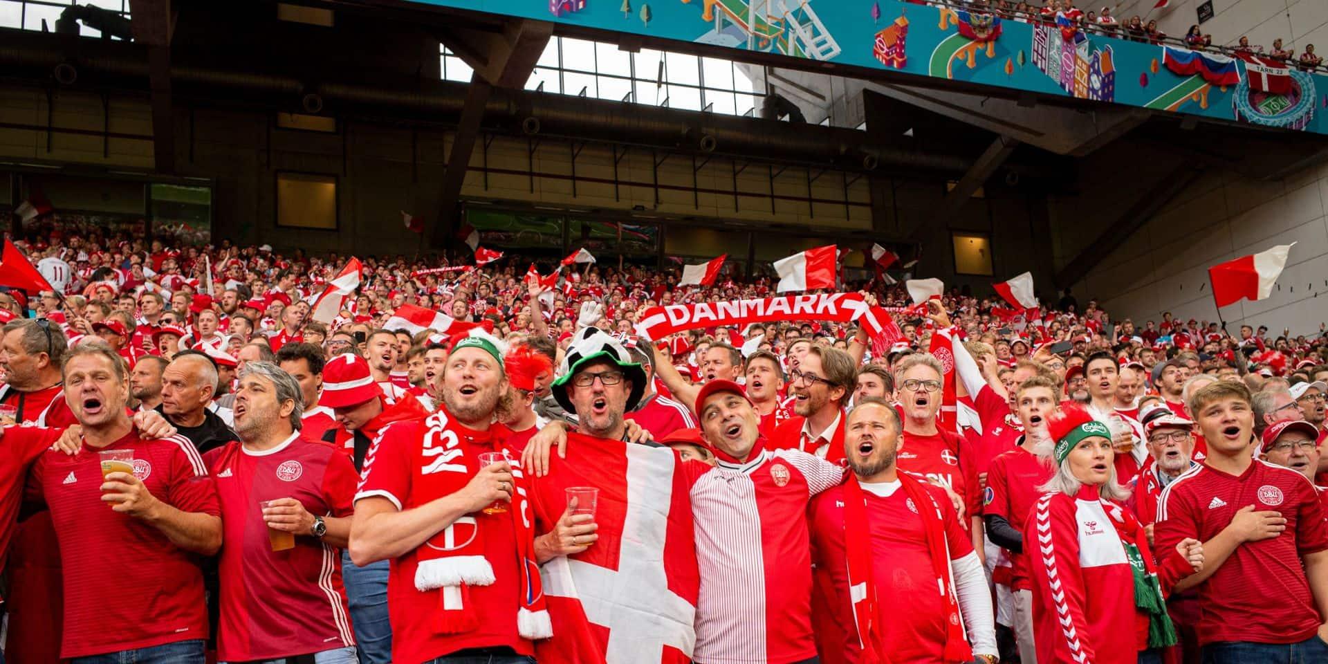 Euro 2020 : trois spectateurs de Danemark-Belgique contaminés au variant delta du coronavirus