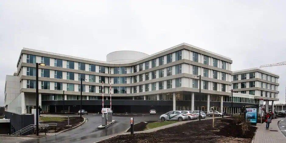 Bruxelles : deux nouveaux centres de vaccination sur les sites du Chirec
