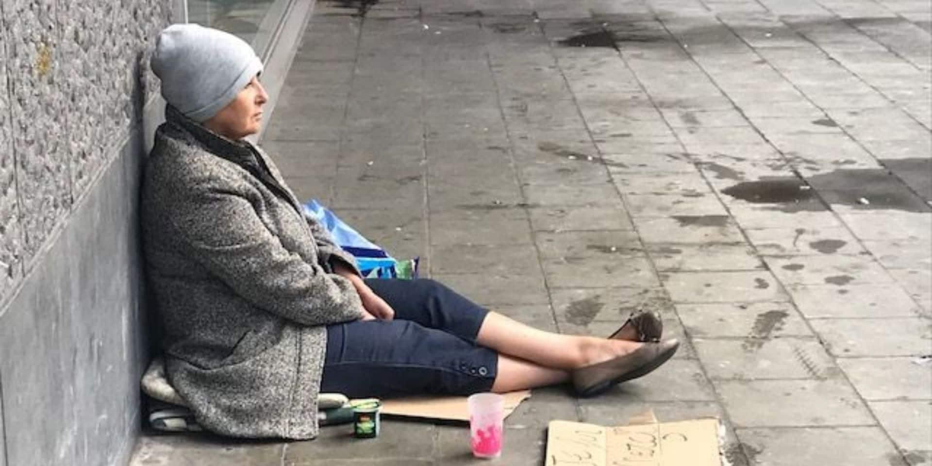 Une semaine dans la peau d'une mendiante et seulement 11,99 € récoltés: la troublante expérience de l'ex-sénatrice Fatiha Saïdi