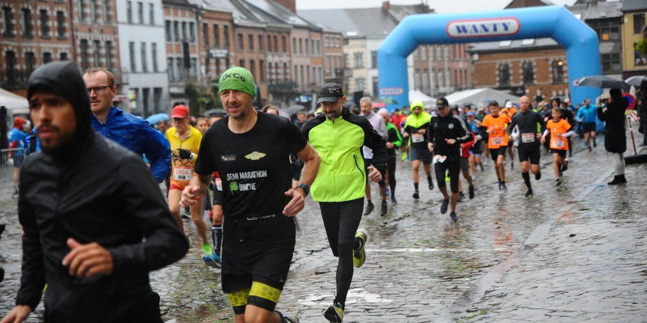 Un millier de joggeurs ont bravé la pluie au semi-marathon de Binche