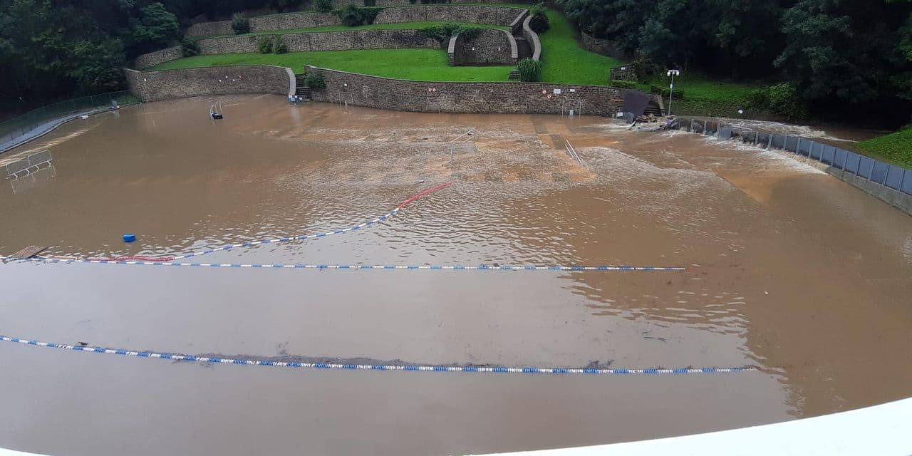 Le centre de délassement de Marcinelle sous eau