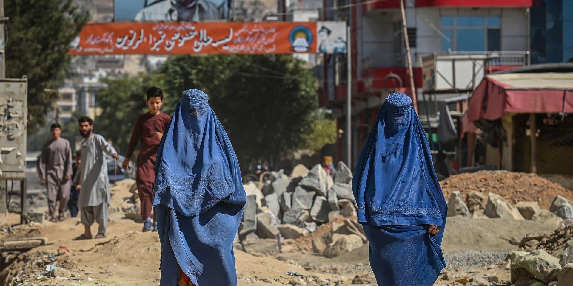 """Autrefois juges, des femmes afghanes forcées de se cacher par peur des représailles : """"J'ai reçu plus de 20 appels téléphoniques menaçants d'anciens détenus qui ont maintenant été libérés"""""""