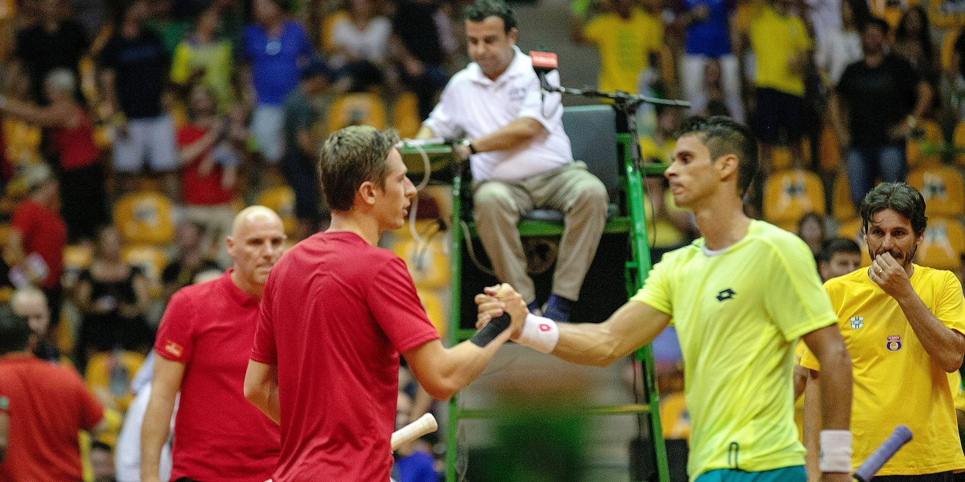 Belgia Kimmer Coppejans and Brazilian Rogerio Dutra Silva pictured after a tennis match between Brazil's Rogerio Dutra Silva and Belgium's Kimmer Coppejans, the second rubber of the Davis Cup World Group qualifications meeting between Brazil and Belgium, Friday 01 February 2019, in Uberlandia, Brazil. BELGA PHOTO BETO OLIVEIRA